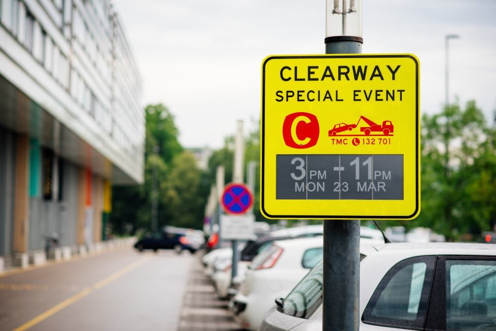 E-paper traffic sign developed by Visionect and Mercury Innovation